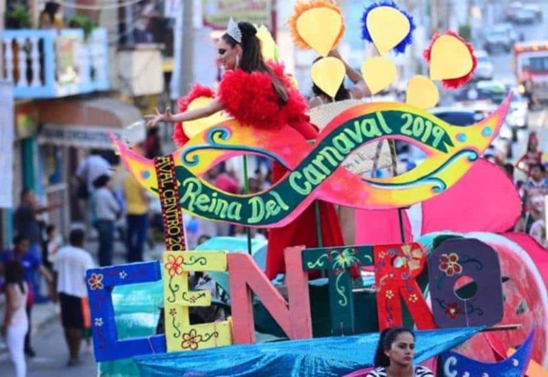 Así se vive el desfile de Carnaval en Villahermosa