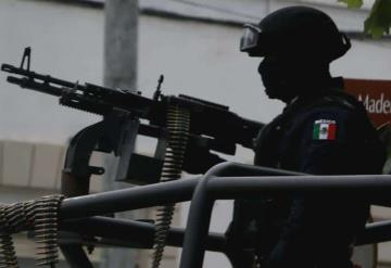 """""""Dispárame, dispárame"""": Enfrentamiento entre huachicoleros y militares"""