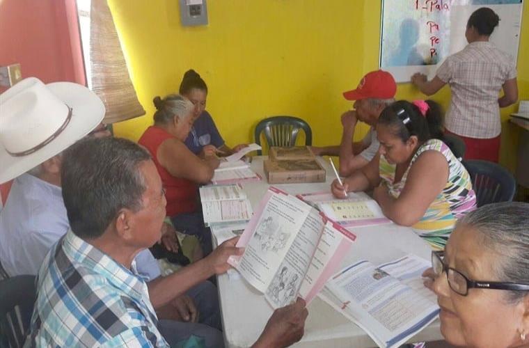 Tabasco ocupa el cuarto lugar a nivel nacional en rezago educativo