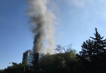 Se incendia el edificio sede de la Comisión Nacional del Agua