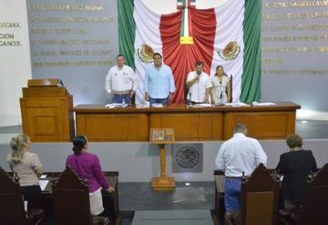 Proponen reducir el número de regidores en el Congreso Local