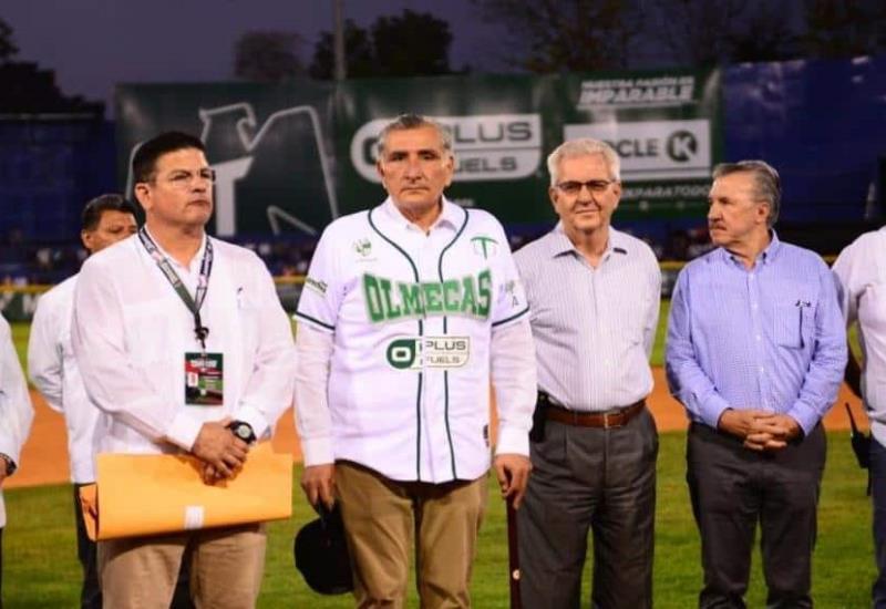 FOTOGALERÍA  del partido inaugural de Los Olmecas de Tabasco vs Pericos de Puebla