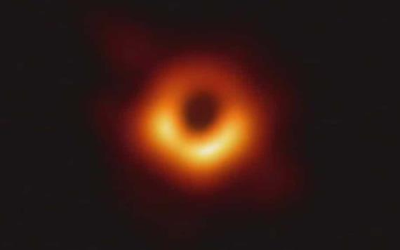 Esta es la primera imagen jamás tomada de un agujero negro