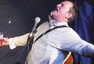 Muere standupero en show tras hacer broma sobre perder la vida