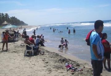 Playa El Bosque de Centla, la más contaminada en la región