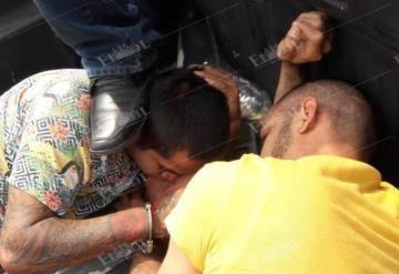 Caen asaltantes de cuentahabiente y recuperan el dinero robado, en Villahermosa