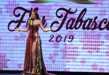 Fátima Bosch hace su último recorrido como Flor Tabasco 2018