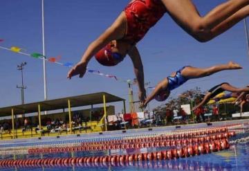Pacta Adán Augusto millonario compromiso con el deporte en Tabasco