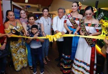 Inauguran los pabellones municipales de Balancán y de Jalpa de Méndez