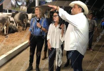 Montserrat Oliver y Yolanda Andrade graban para Mojoe desde la Feria Tabasco 2019