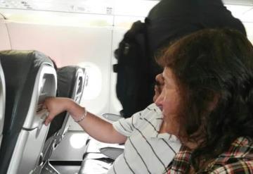 Pasajera de Volaris discrimina a ciegos por sentarse junto a ella