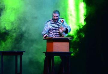 Las Vegas Magic show presenta un espectáculo ilusionista con un ganso en la Feria Tabasco 2019