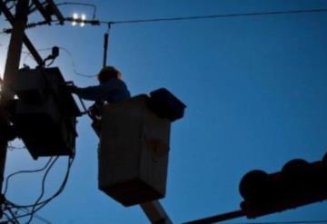 Primero fueron apagones, ahora 5 comunidades de Centro presentan bajo voltaje