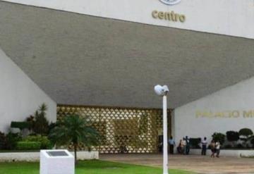 A consulta pública reubicación del ayuntamiento de Centro:  Colegio de Arquitectos