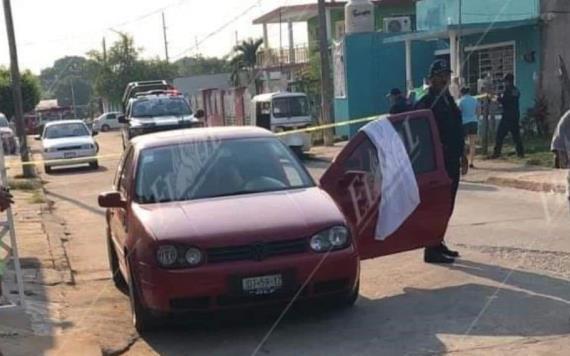 Dos hombres en moto ejecutan a una mujer en la Villa Macultepec