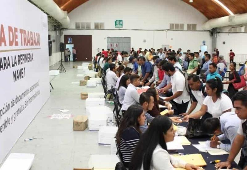 13 mil personas entregaron documentación para refinería de Dos Bocas