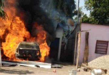 Arde en llamas casa en Centla; vendían huachicol