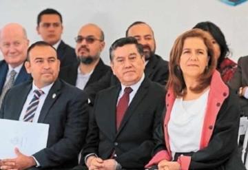 Políticos de 5 partidos relacionados con líder de La Luz del Mundo