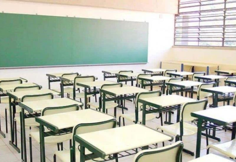López Obrador reitera comités escolares; recibirán recursos de la federación