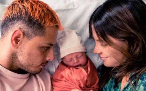 Nace el hijo del Chicharito Hernández en pleno Día del Padre