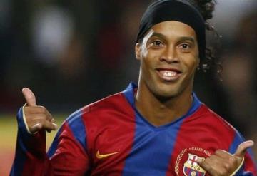 Exesposa acusa a Ronaldinho de violencia