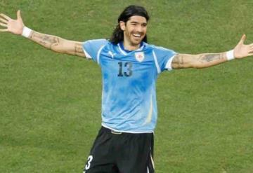 Sebastían El Loco Abreu retoma su carrera y firma para jugar con un nuevo equipo