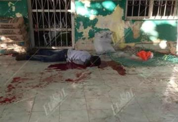 Encuentran muerto a cuchilladas a un supuesto velador en Huimanguillo