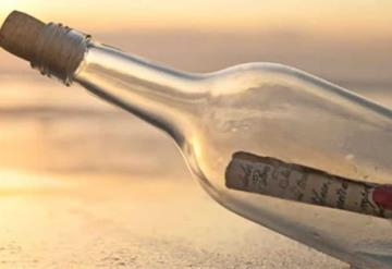 Niño encuentra en el mar una botella con carta; fue escrita hace 50 años