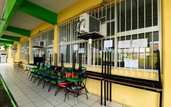Comienza el mantenimiento de escuelas