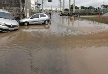 Lluvia provoca muertes, deslaves e inundaciones en Brasil