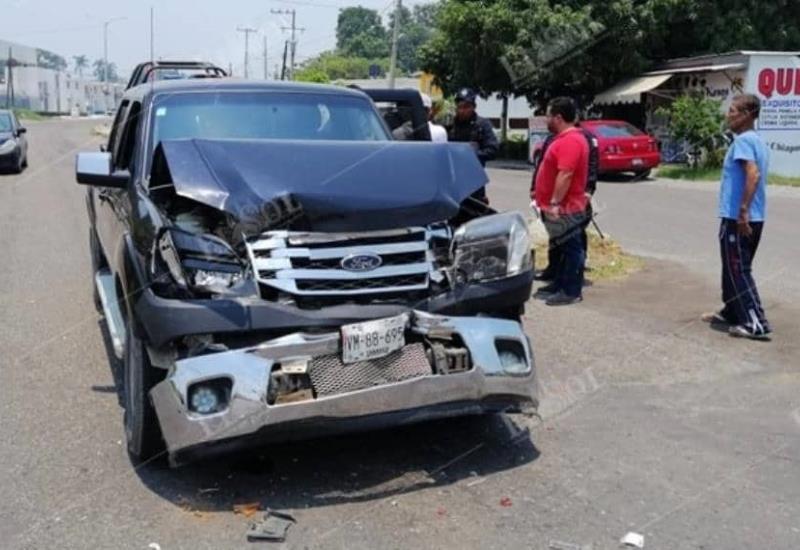 Dos menores heridos tras fuerte accidente en carretera  Ixtacomitan