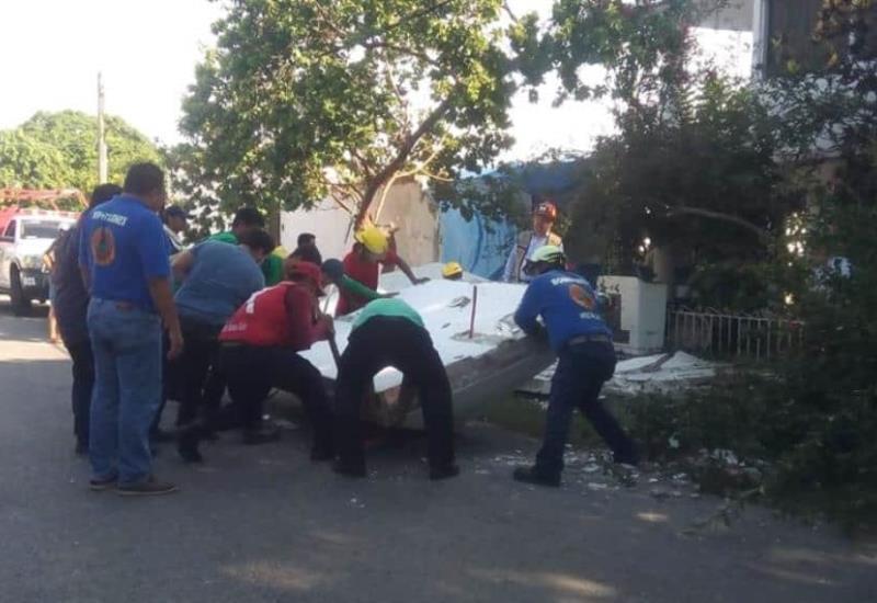 Tras sismo en Tabasco cae barda de una casa en Anacleto Canabal