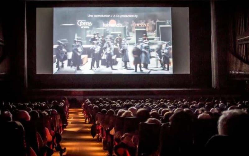 Propone Sergio Mayer rescatar inmuebles abandonados y convertirlos en salas de cine