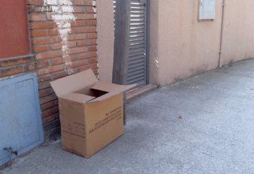 Hallan cuatro muertos y restos humanos en cajas