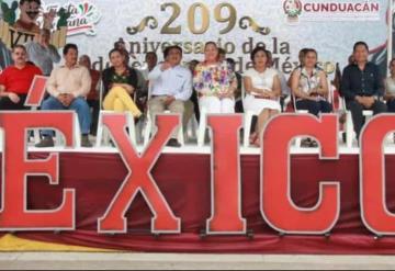 Así se vivió el tradicional desfile del 16 de septiembre en Cunduacán