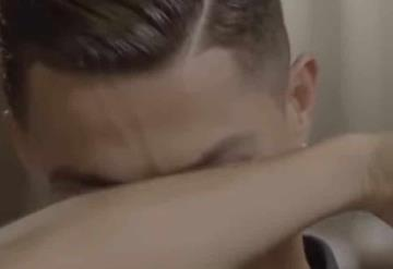 Cristiano Ronaldo rompe en llanto, al hablar de su papá