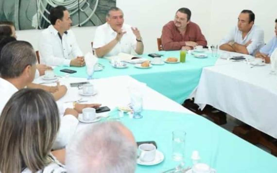 Se reúne el gobernador con empresarios; revisaron avances económicos y de seguridad