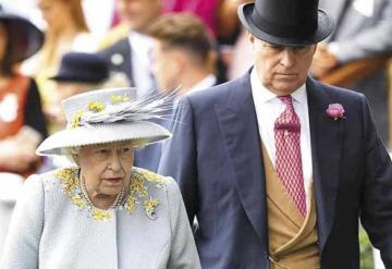 Acusan a hijo de la Reina Isabel II de abuso sexual