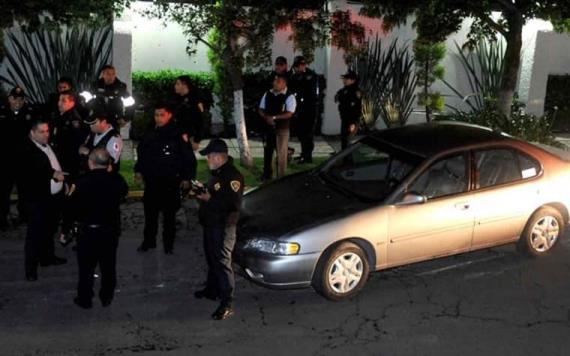 Caen 9 por golpear y robar armas a policías en alcoholímetro