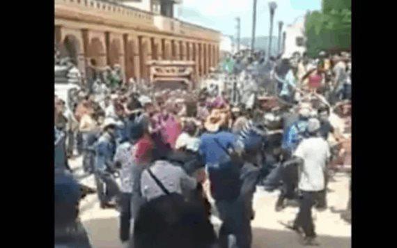 Video: Indígenas intentaron linchar a esposo de alcaldesa en Chiapas; hay heridos