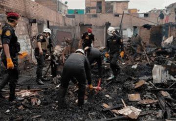 Al menos seis muertos y un desaparecido en un incendio de viviendas