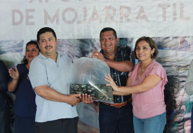 Campesinos de Comalcalco recibieron importante respaldo de Ayuntamiento para producir alimentos