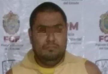 Arrestan a sujeto acusado de violar y embarazar a su hija adolescente