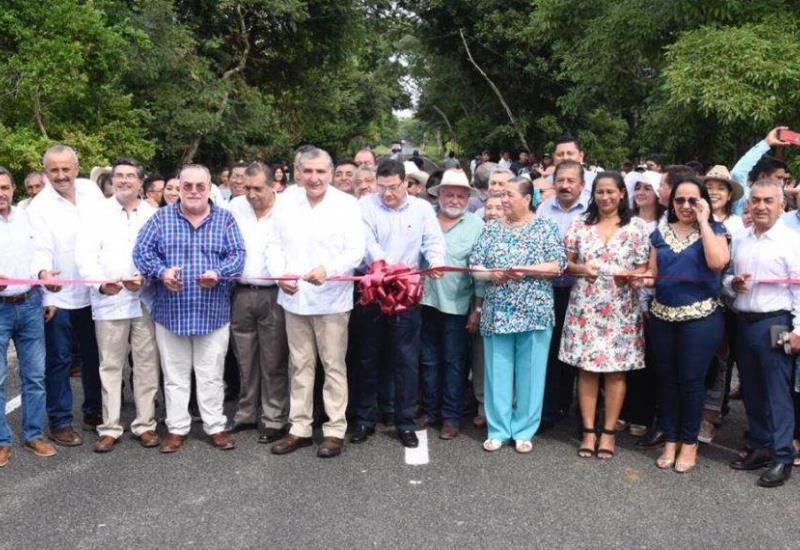 Inauguran la rehabilitación de la carretera Zapatero-Jonuta