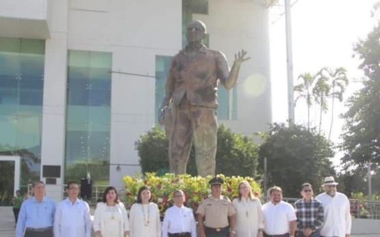 Conmemoran CXXIII aniversario del natalicio de Carlos Pellicer Cámara