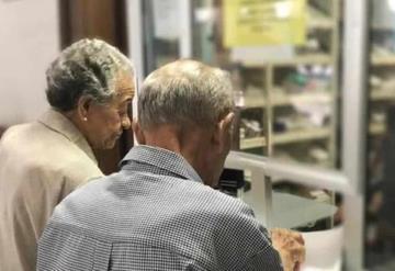 No habrá recorte a pensiones: AMLO