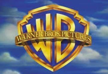 Warner Bros pierde la cabeza; insulta a través de Twitter