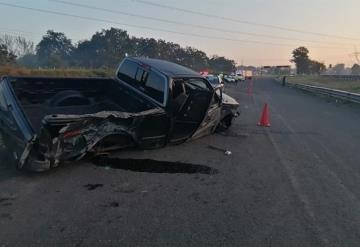 Muere un migrante y 6 resultan heridos tras volcadura de la camioneta en la que viajaban
