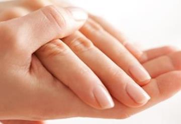 Afirman expertos que VPH se podría transmitir por dedos y uñas