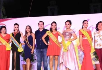 Imponen bandas a aspirantes a Reina del Carnaval y Rey Feo del Carnaval en Comalcalco 2020